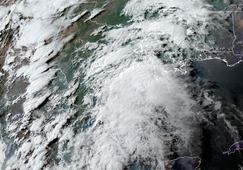 After Tuesday evening lull, storm re-development likely